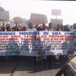 Les participants à la marche silencieuse